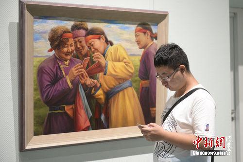 草原文化节艺术展亮相内蒙古